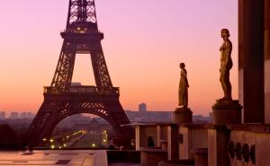 Featured Photo - Eiffel Tower At Dawn